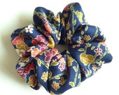 Scrunchie - kimono fabric