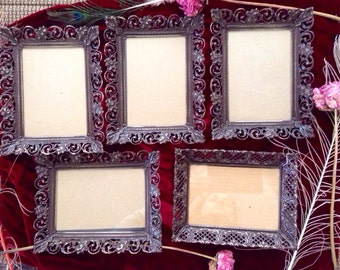 Set of 5 vintage frames