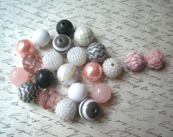 Necklace Kit, Pink, White and Gray Chunky Gumball Bead Kit, Bubblegum Necklace Kit, Hardware Included, Necklaces, Fun Kids Project