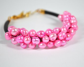 Hot pink pearl bracelet Wire wrapped pearl cuff bracelet Hot pink bracelet Pearl cluster bracelet Freshwater pearl bracelet Colorful jewelry