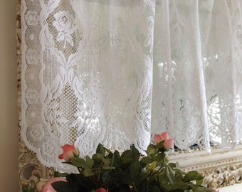 Vintage white lace valance shabby chic lace cottage lace scalloped valance vintage valalnce