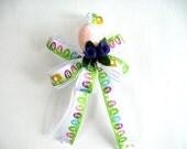 Easter basket bow, Easter gift bow, Easter egg ribbon, Easter holiday decoration, Easter celebration bow, Gift wrap bow, Easter (E39)