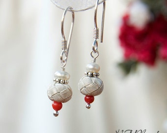 Fine Silver Knotted Ball Earrings Fresh Water Pearls And Red Coral Hand Knotted Ball Simple Bridal Jewelry Gift For Her Turkish Kazaziye