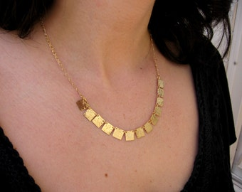 Hammered gold squares necklace
