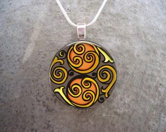Celtic Jewelry - Glass Pendant Necklace - Celtic Decoration 24