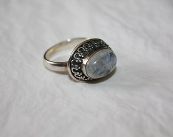 Vintage Sterling Moonstone Ring, Gemstone Jewelry, Boho 1960s Statement Silver Jewellry
