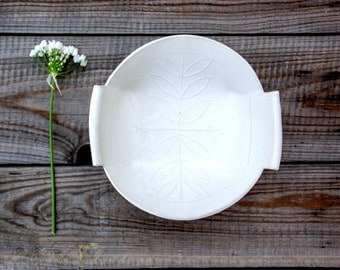 Ceramic Salad Bowl , White Fruit Bowl , Modern Ceramic Bowl, White Stoneware Bowl , Housewarming Gift