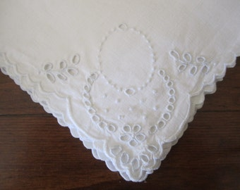 Vintage linen hand embroidered luncheon napkins