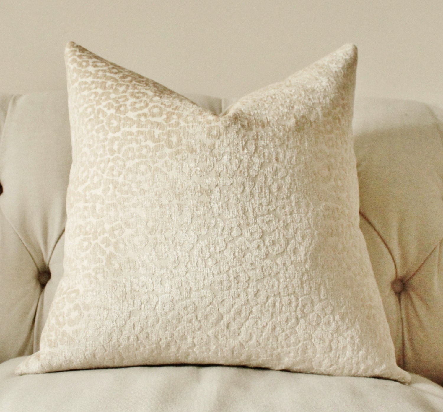Decorative Pillow Ivory Designer Pillow Cover Neutral