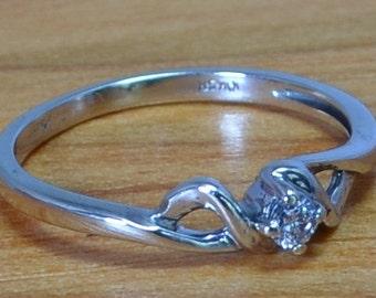 White Gold Solitaire Diamond Vintage Engagement Ring, Handcrafted White Gold Engagement Ring size 6 to 7