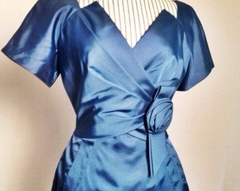 1950s Dress Wiggle Authentic Pinup