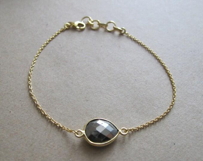 Gold Pyrite Bracelet- Simple Everyday Bracelet- Unique Gemstone Bracelet- Gold Stone Bracelets- Pear Shape Charm Bracelet
