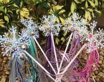 10 Frozen Party favors, Frozen wands, Tinkerbell Wands, Snowflake Wands, Frozen Elsa Costume, Frozen Birthday, Fairy Party, Frozen Party
