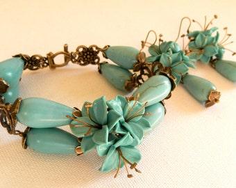 Flower Jewelry, Spring Jewelry, Flower Bracelet, Flower Earrings, Lily, Gift For Her, Handmade Jewelry, Statement Bracelet, Dangle Earrings