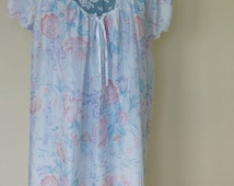 Vintage 70s Lace Nightie pink and aqua rose size large