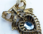 Vintage Rhinestone Cabochon Gold Tone Bow Heart Dangle Brooch Pin