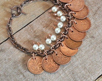 Upcycled, Repurposed, Canadian Pennies Bracelet 1970s 80s 90s, 10 coins bracelet, 9 Pearls and Beads, OOAK, Copper Bracelet
