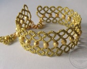 Gold lace tatted bracelet with beads - IzabelkasJewelry