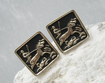 Large Vintage Cufflinks Chariot Jewelry H576