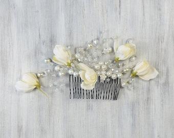 Crystal Bridal Comb, Bridal Ivory Flowers hair comb, Wedding hair accessories, Bridal Headpieces, White hair comb bridal