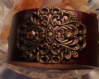 Leather Cuff Golden Elegance