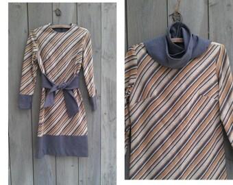 Vintage dress   1960s bias striped knit shift dress