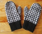 Wool Mittens, Double Knit Black and White Dogstooth Pattern Mitten for Women