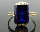 RESERVED YLM  Stunning Art Deco Blue Sapphire Stone Ring - 10kt Yellow Gold - Rounded Emerald Cut -  Royal Blue