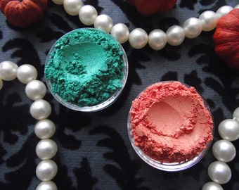 Shimmering in the Spring Collection - Limited Edition - Set of Two Shimmer Eyeshadow Bright Green Bright Orange Organic Vegan