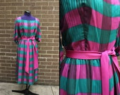 Plaid Fuchsia and Teal Short Sleeve 1970s Dress Matching Sash 1970s Small