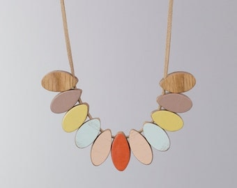 Handmade Wooden Necklace - Cockatoo style