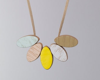 Handmade Wooden Necklace - Buttercup style, short
