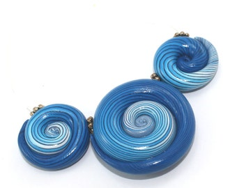 Elegant big gradient spiral beads, polymer Clay beads with unique stripes in turquoise, blue and white, set of 3