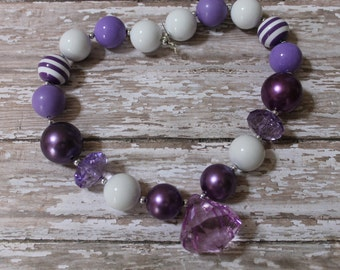 Purple Lavender Little Girl Chunky Necklace, Children Baby Beaded Gumball Necklace Photo Prop, 1st Birthday, Cake Smash, Gum ball Neclace