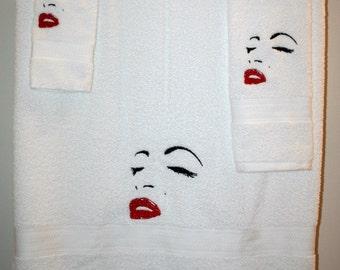 Perfect Marilyn Monroe White 3pc 1 Bath Towel, 1 Hand Towel, 1 Coth Set