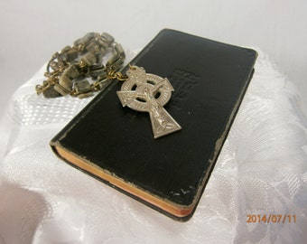 Vest Pocket Manual Of Catholic Devotions / Illustrated Book of Devotions / Catholic Book / Religious Book