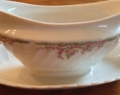 Syracuse SY353 - Gravy Boat and Underplate