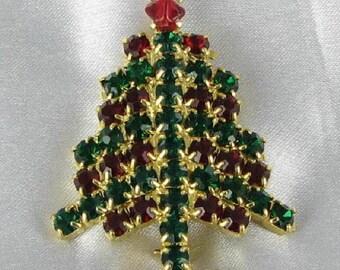 Vintage Christmas Tree pin - Green and Red Xmas Brooch
