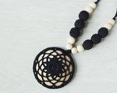 Boho Style Nursing necklace for breastfeeding Mom - Crochet pendant - Baby teether - black color wood beads wood disk