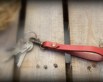 Key Chains//Leather//Red