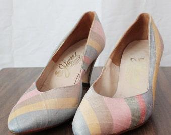 Vintage Shoes -- 1960s Johansen Pumps