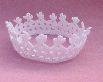 Baby crochet  white crown photo prop to fit  6 to 12 months
