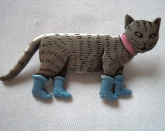 Vintage Signed JJ Silver pewter Puss in Boots Brooch/Pin