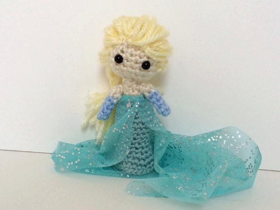 Elsa (Frozen) doll 3.5 inches tall - by crochet