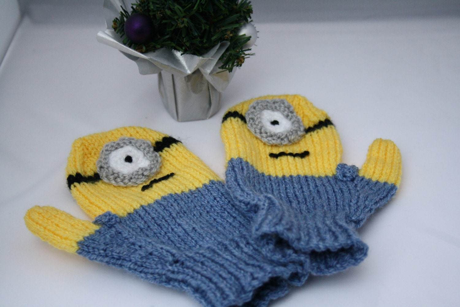 Minion style knitted mittens Minion mitts knitted mittens