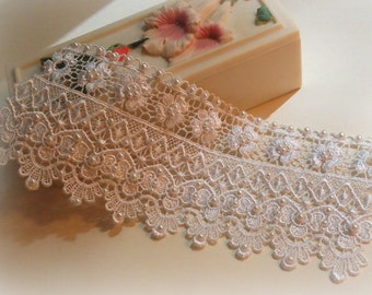 7 inch White Lace Bridal Bracelet / Wedding Lace Bracelet / Bridal Wrist Cuff