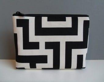 SALE.Cosmetic bag Cosmetic case Gadget pouch Zipper pouch Makeup bag.