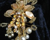 Golden Vintage Inspired W...