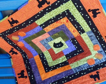 Handmade Halloween Felted Wool Appliqued Black Cats & Orange Pumpkins Cotton Table Topper