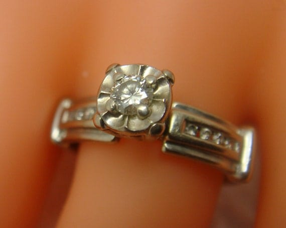 1950s 14K White Gold and Diamond Engagement Ring